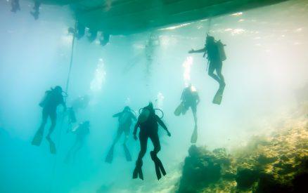 Divers at Blue Hole Belize