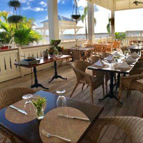 verandah outdoor seating